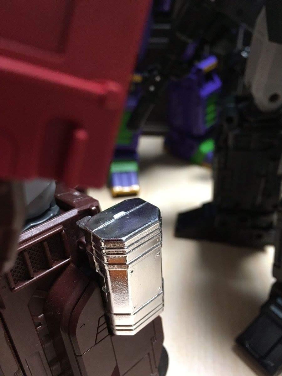 [Masterpiece] MP-10B | MP-10A | MP-10R | MP-10SG | MP-10K | MP-711 | MP-10G | MP-10 ASL ― Convoy (Optimus Prime/Optimus Primus) - Page 5 AOnuFcp2