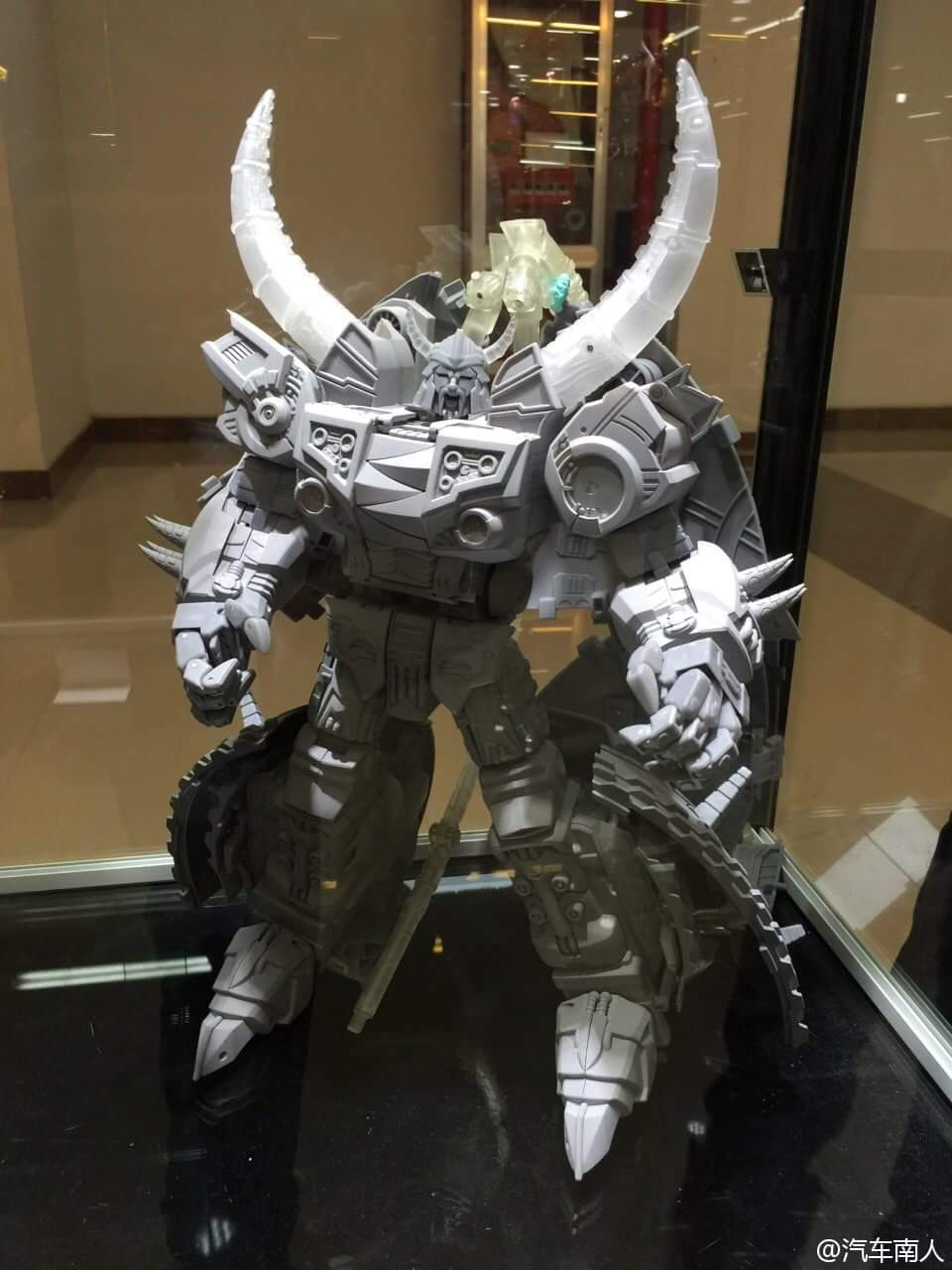 [Garatron] Produit Tiers - Gangs Of Devils G.O.D-02 Galaxy Demolishor - aka Unicron (Beast Wars Neo) K3xBtkMX