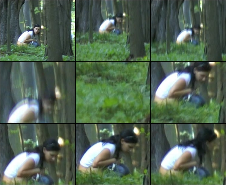 Spying For Girls Peeing 0036