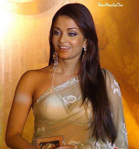 Aishwarya Rai in BIKINI top saree AbtLEMwr