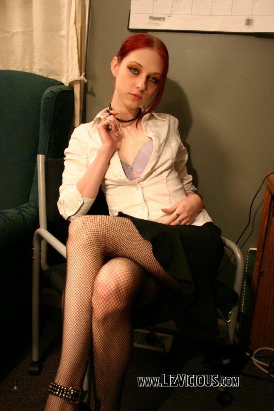 Liz Vicious Jefa de Oficina