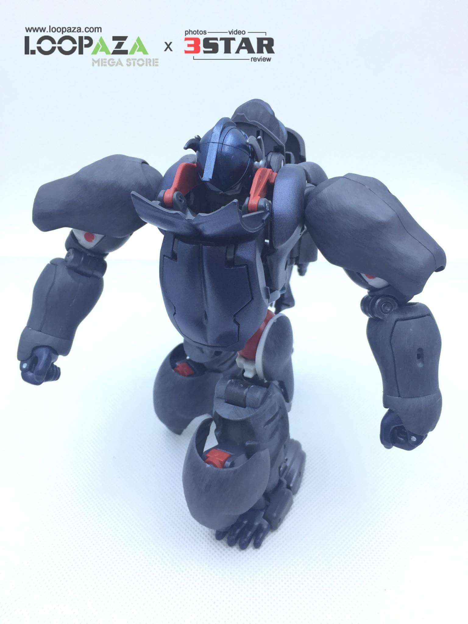 [Masterpiece] MP-32, MP-38 Optimus Primal et MP-38+ Burning Convoy (Beast Wars) - Page 3 ATqqfMNP