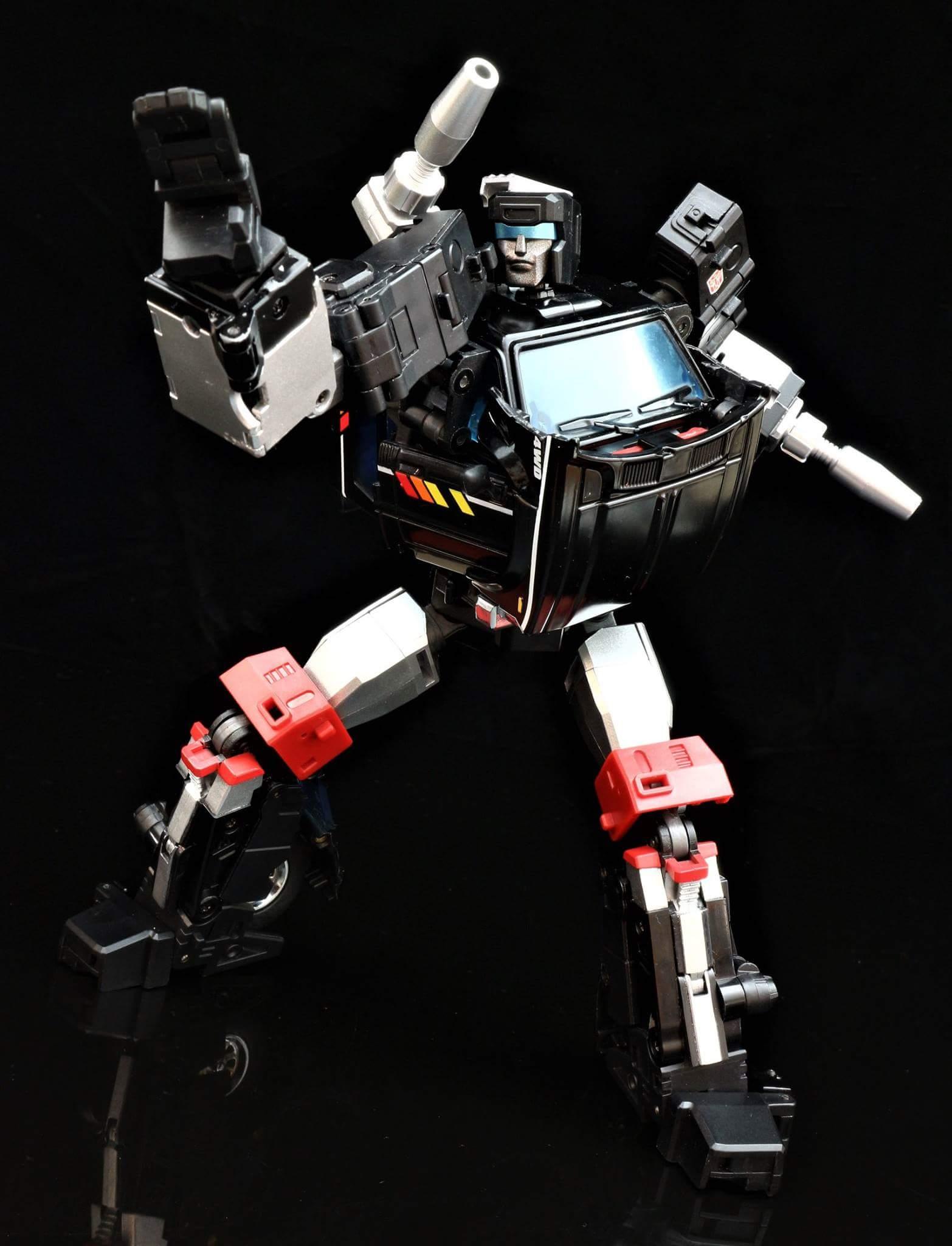 [BadCube] Produit Tiers - Jouet OTS-11 Speedbump - aka Trailbreaker/Glouton - Page 2 IdJwsb7j