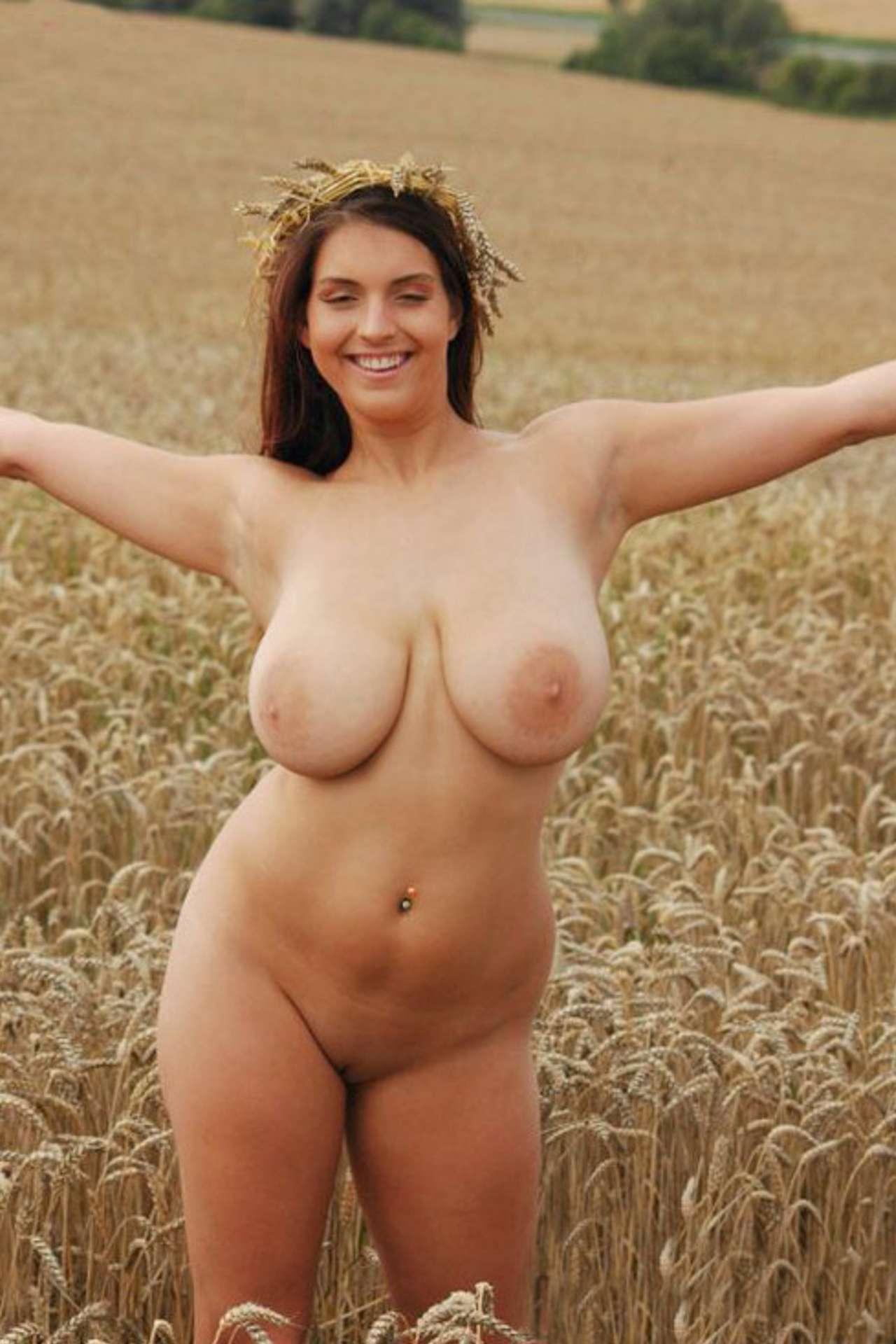 Толстые деревенские бабы голышом на фото 10 фотография
