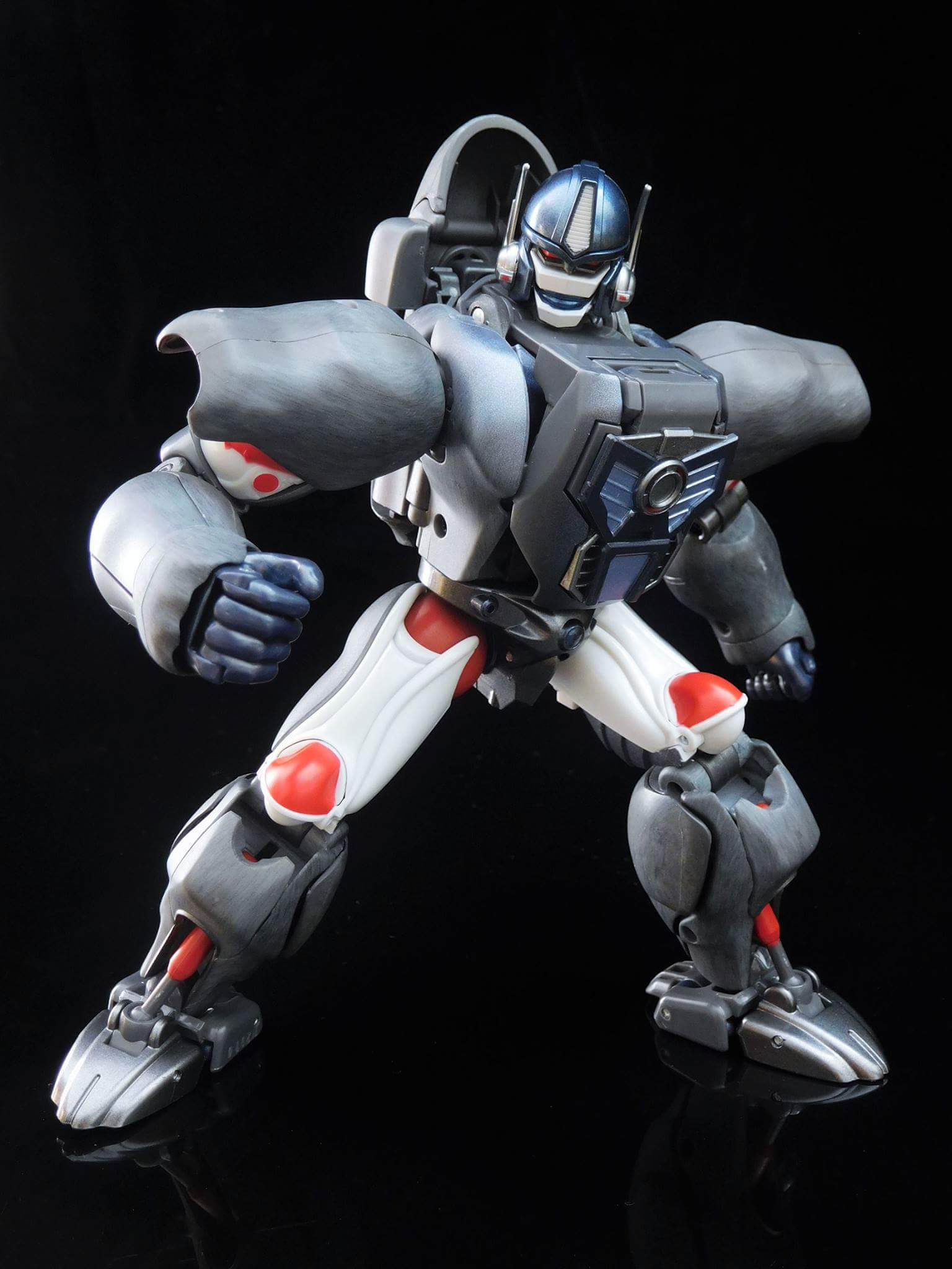 [Masterpiece] MP-32, MP-38 Optimus Primal et MP-38+ Burning Convoy (Beast Wars) - Page 3 JVwwfF3k