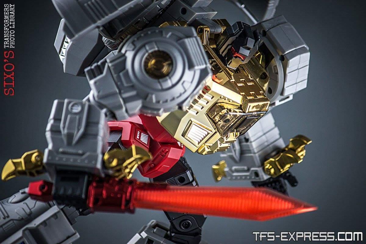 [Fanstoys] Produit Tiers - Dinobots - FT-04 Scoria, FT-05 Soar, FT-06 Sever, FT-07 Stomp, FT-08 Grinder - Page 11 NIwfZu2R