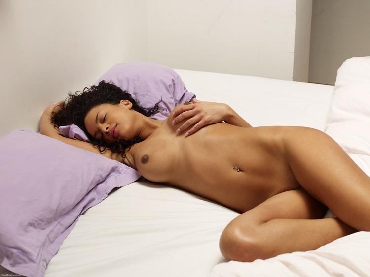 Ebony lesbians in bed