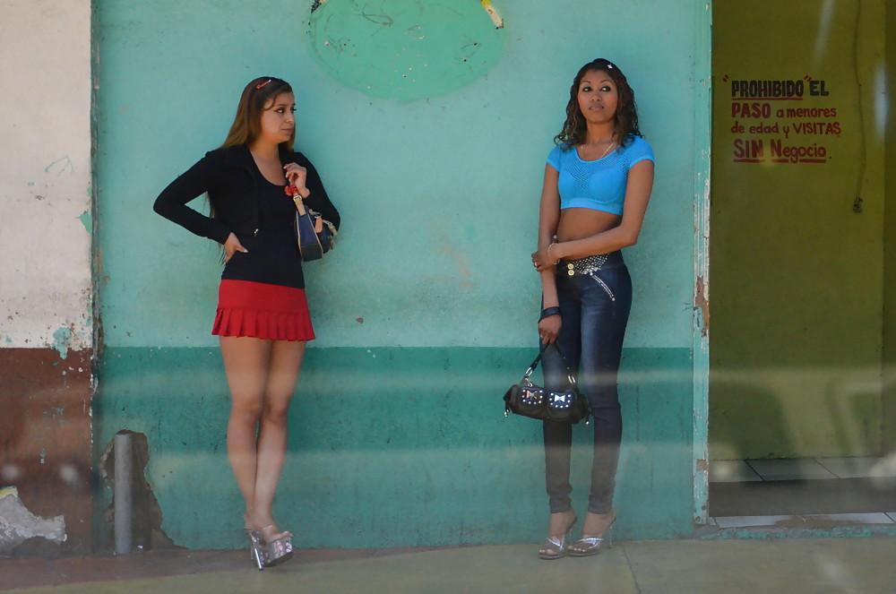 putas en castellano videos prostitutas callejeras