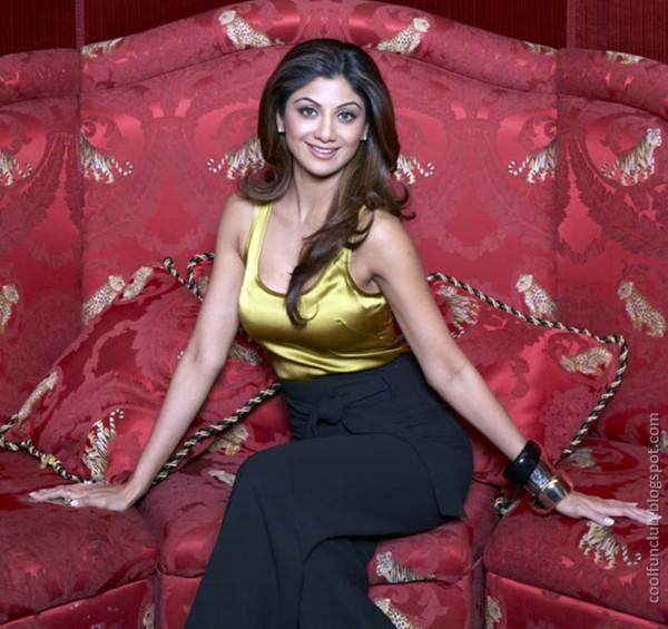 Shilpa Shetty Suprising AcyKdl8g