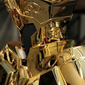 Processo de criação da Armadura de Gemeos para a exibição de Pachinko CoxOlW33