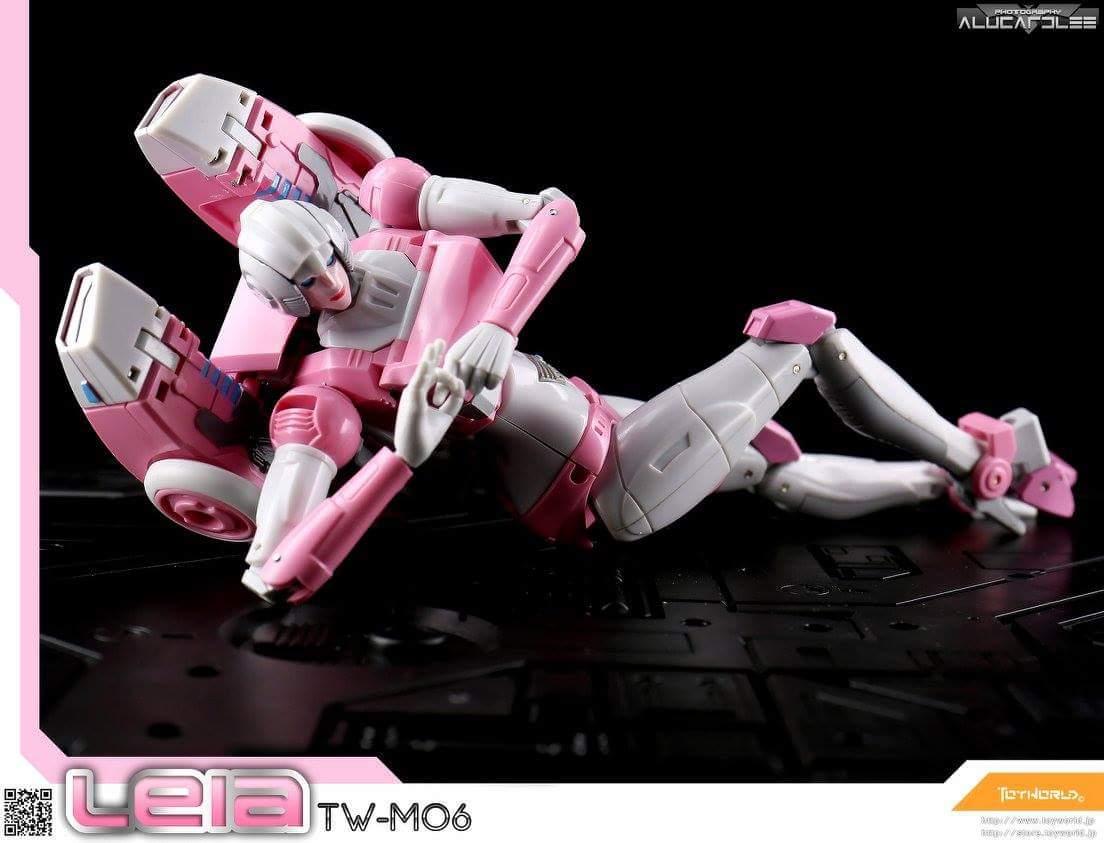 [Toyworld][Zeta Toys] Produit Tiers - Jouet TW-M06 Leia / Zeta-EX05 ArC aka Arcee/Arcie EYc5RQTf