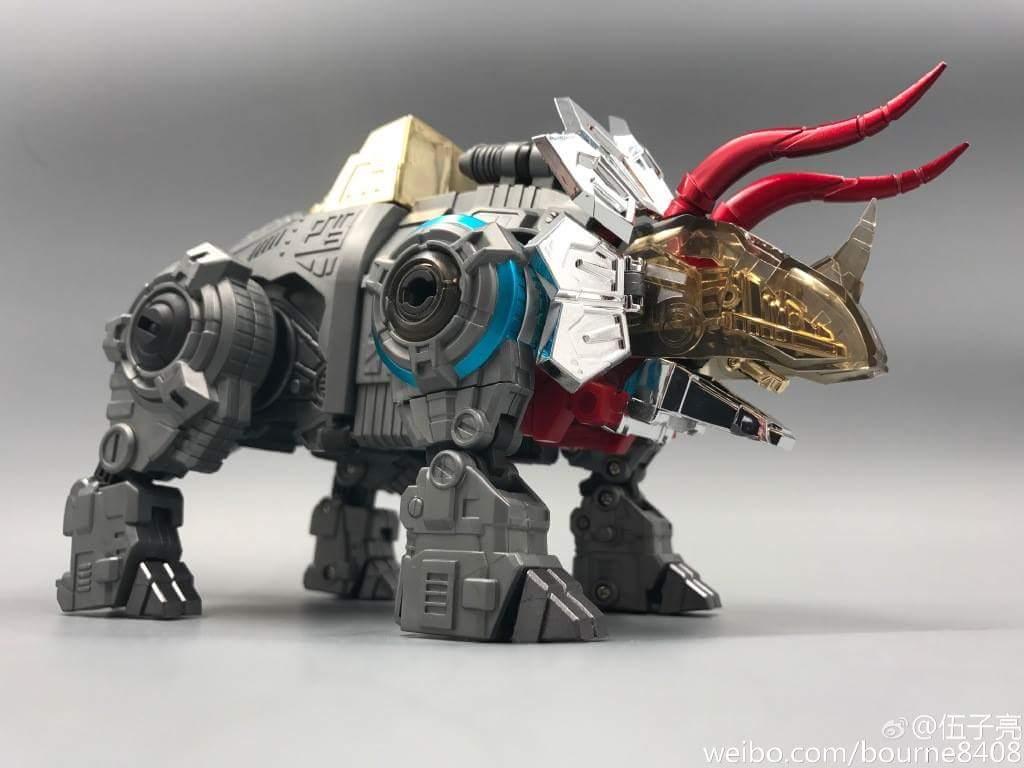 [GCreation] Produit Tiers - Jouet ShuraKing - aka Combiner Dinobots - Page 6 ILQb2pGi