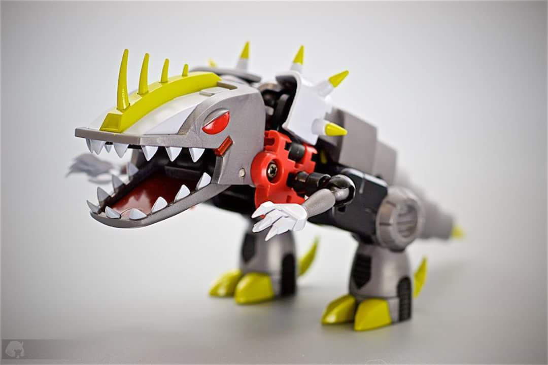 Produit Tiers: [Corbot V] CV-002 Mugger - aka Allicon | [Unique Toys] G-02 Sharky - aka Sharkticon/Requanicon Y9iwAaOj