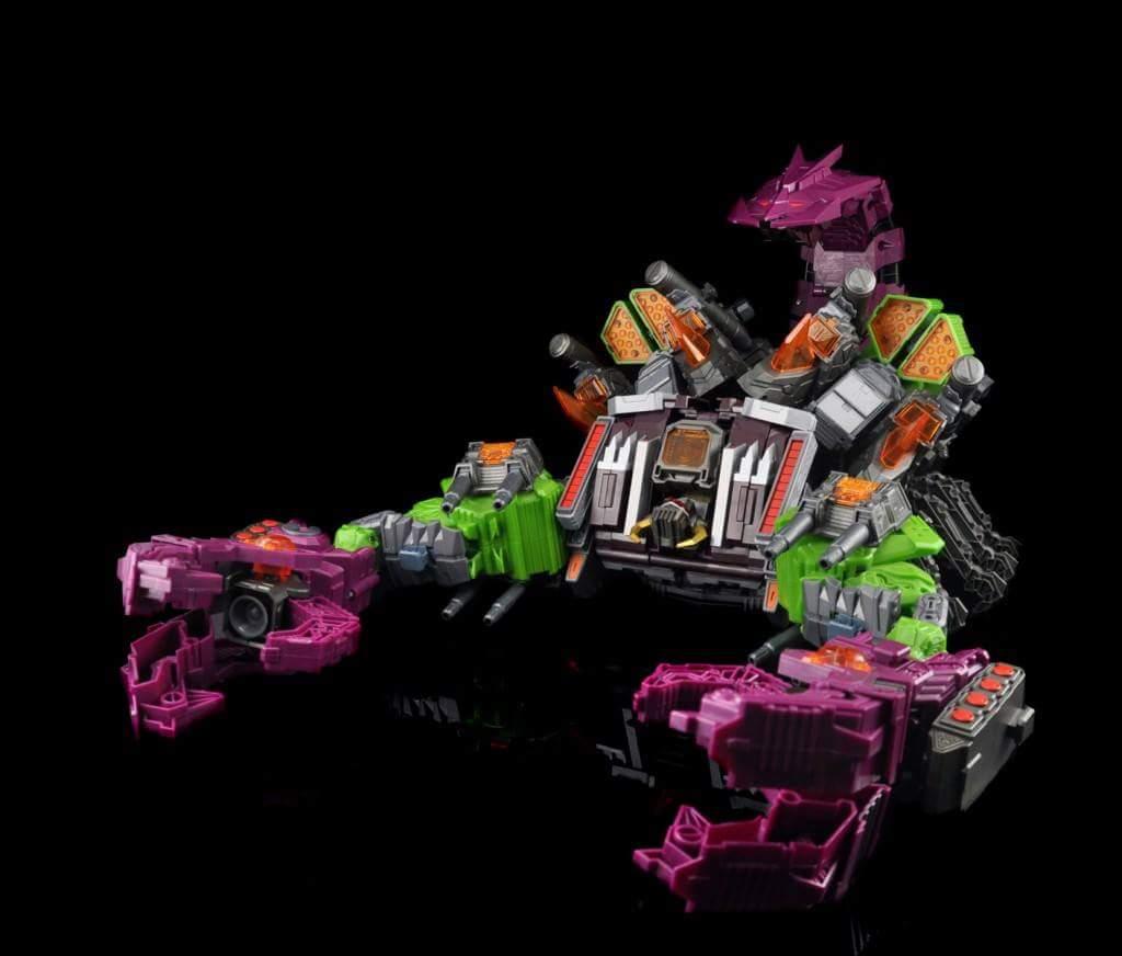 [Maketoys] Produit Tiers - Jouet MCB-03 Pandinus - aka Scorponok et MCB-03D Devil Stinger - aka Black Zarak WTOvW5qV