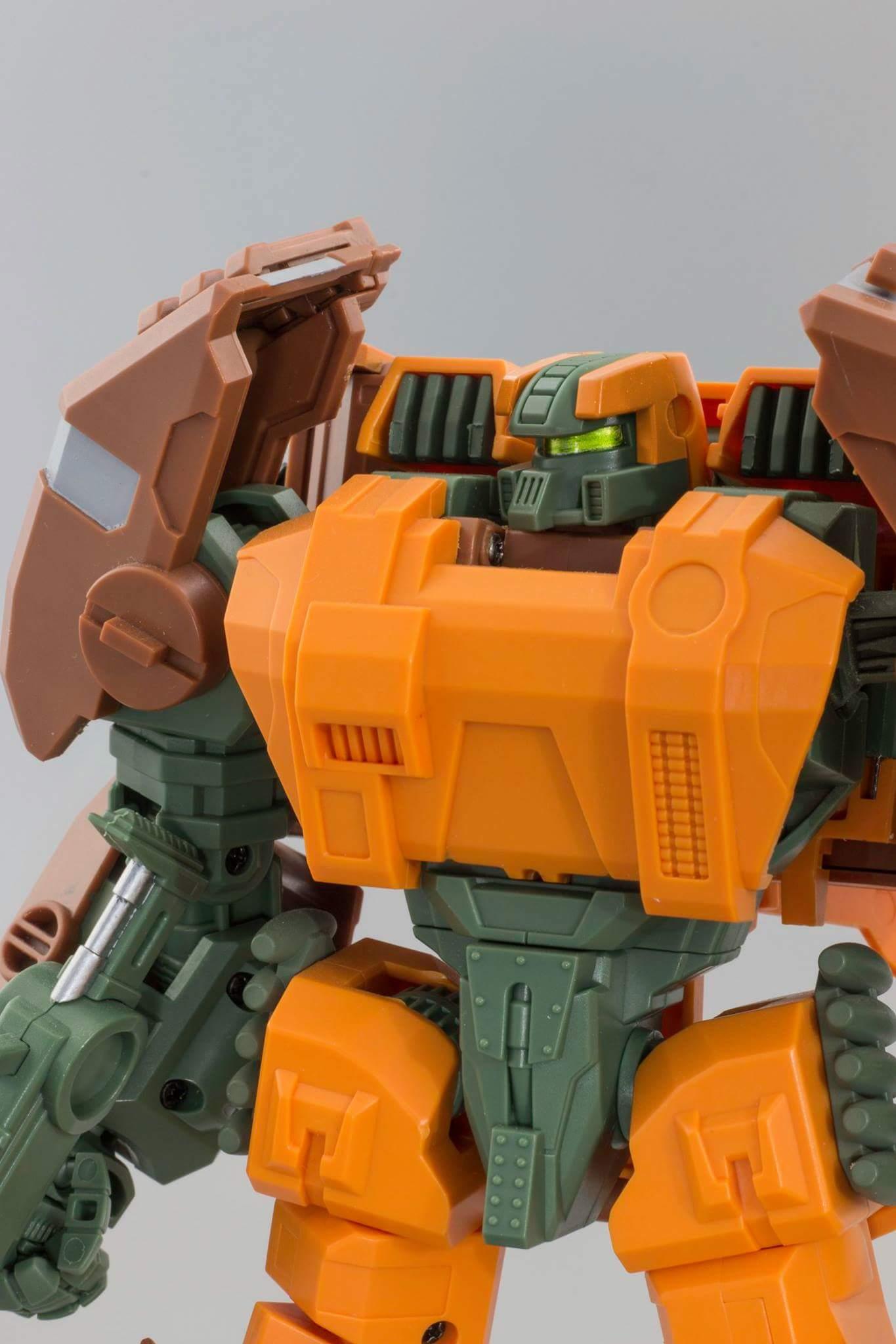 [Mastermind Creations] Produit Tiers - R-23 Dicamus - aka Roadbuster/Cahot des Wreckers IDW SFBts3zC