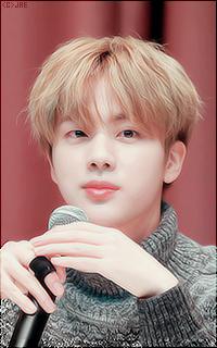 Kim Seok-Jin (Jin). 12FiQspS