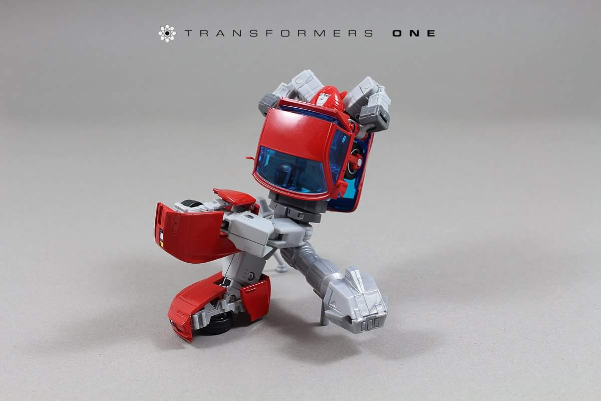 [ACE Collectables] Produit Tiers - Minibots MP - ACE-01 Tumbler (aka Cliffjumper/Matamore), ACE-02 Hiccups (aka Hubcap/Virevolto), ACE-03 Trident (aka Seaspray/Embruns) 6qqhWSkw