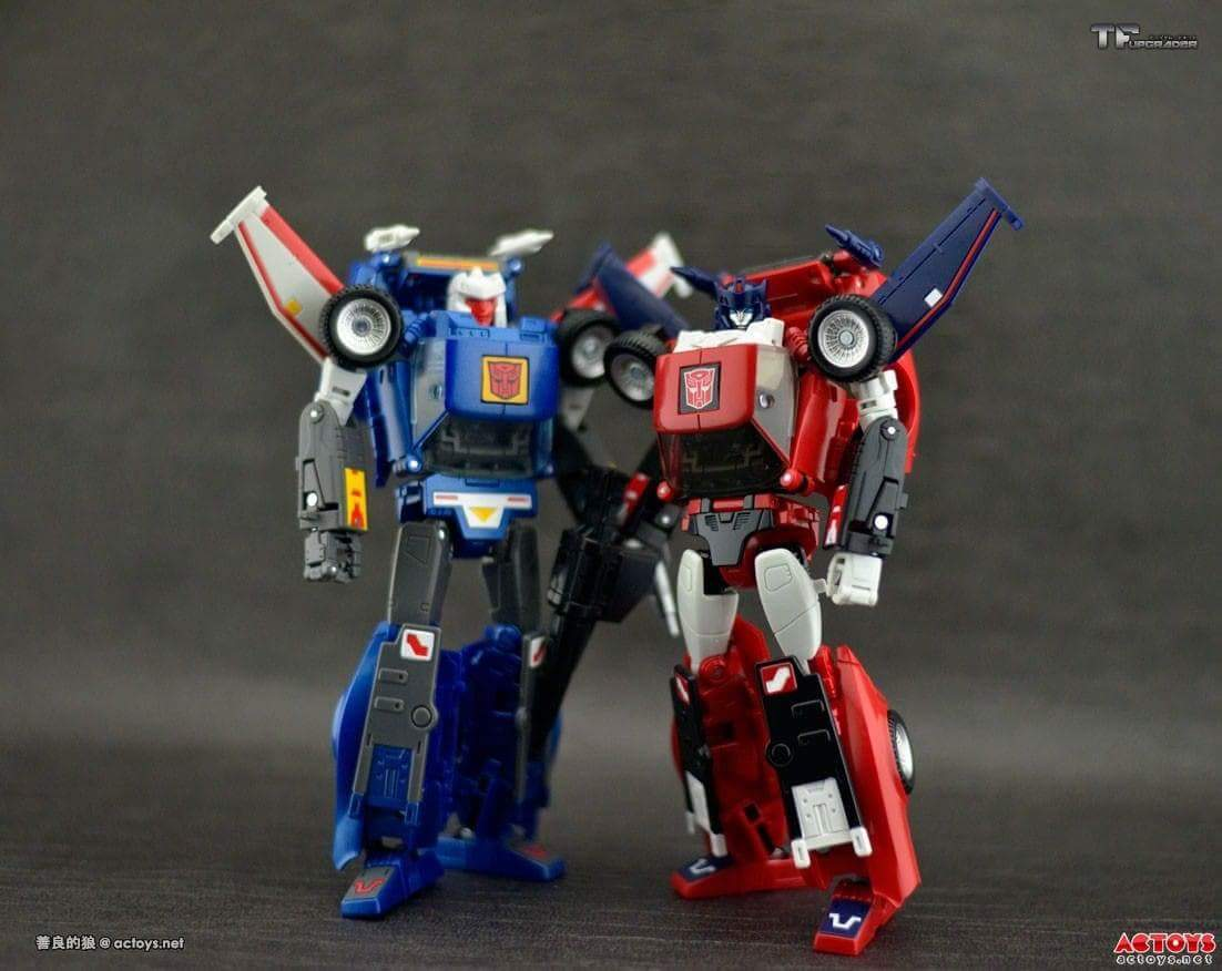 [Masterpiece] MP-25L LoudPedal (Rouge) + MP-26 Road Rage (Noir) ― aka Tracks/Le Sillage Diaclone - Page 2 V3unakfp