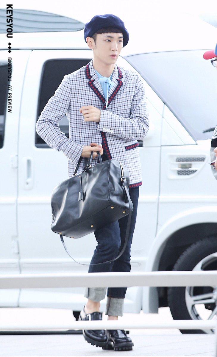 [IMG/160715] Jonghyun, Key @ Aeropuerto Incheon hacia Japón. OSUDTxcp