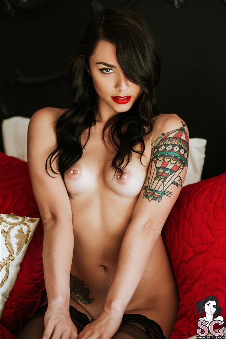 Hot exotic dark babe soft core strip action
