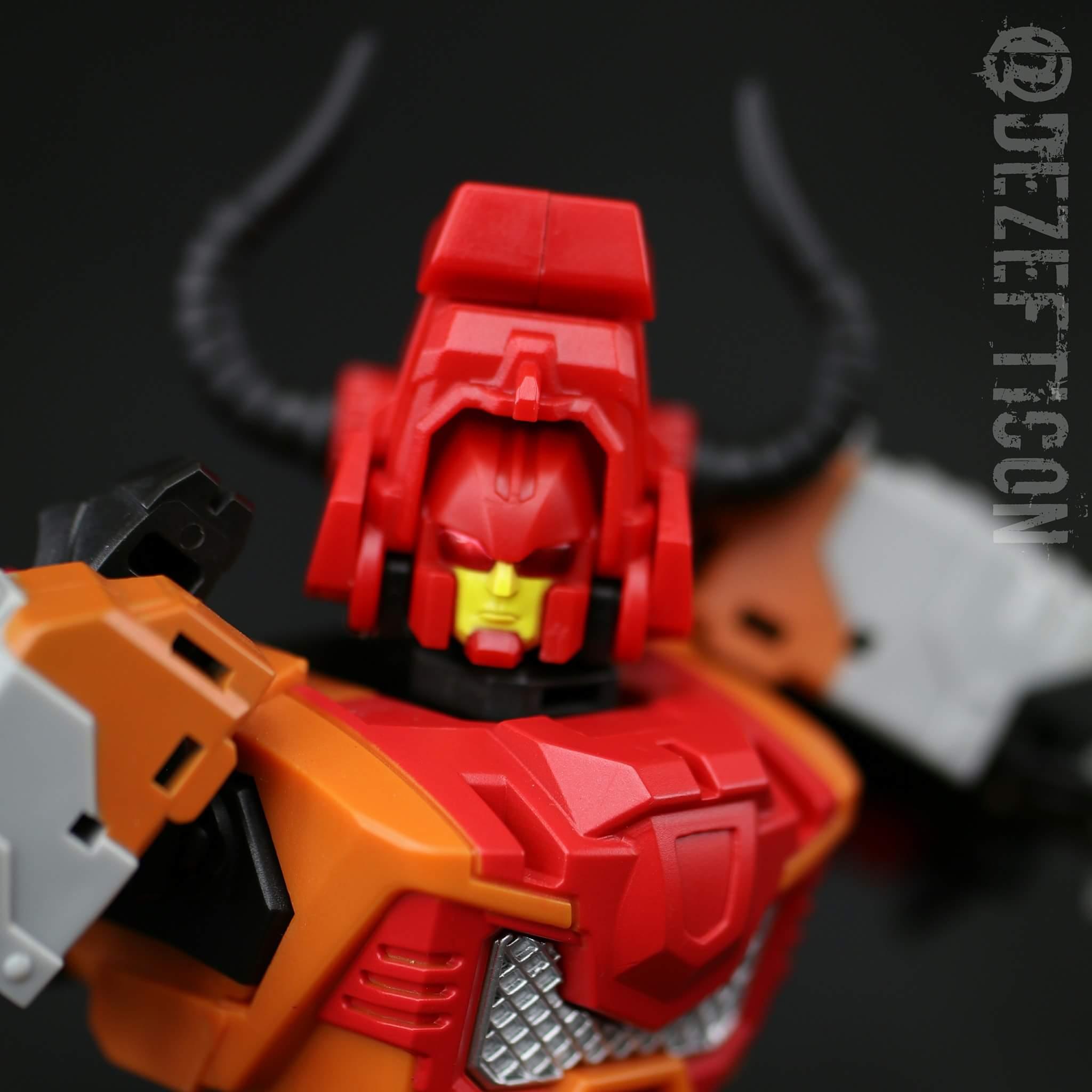 [Mastermind Creations] Produit Tiers - R-15 Jaegertron - aka Lockdown des BD IDW ZMiDrIdA