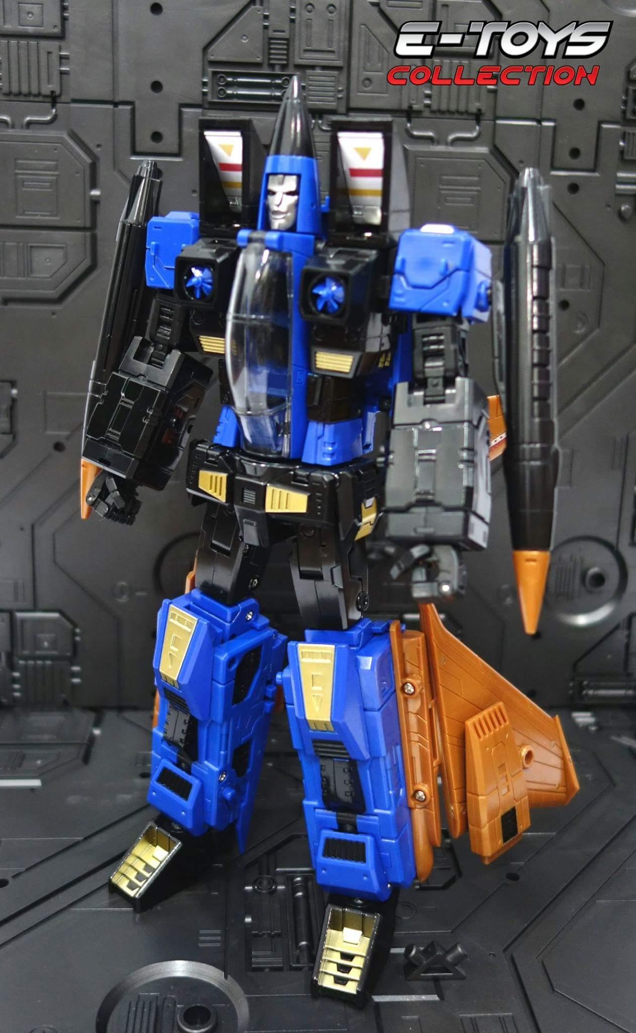 [ToyWorld] Produit Tiers - TW-M02A Combustor (Ramjet/Statoréacto), TW-M02B Assault (Thrust/Fatalo), TW-M02C Requiem (Dirge/Funébro) - Page 3 CUa1aQPY