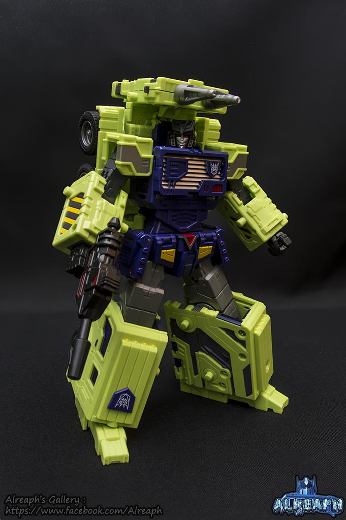 [Toyworld] Produit Tiers - Jouet TW-C Constructor aka Devastator/Dévastateur (Version vert G1 et jaune G2) - Page 7 RSsUY26d