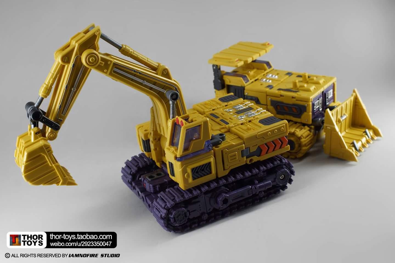 [Toyworld] Produit Tiers - Jouet TW-C Constructor aka Devastator/Dévastateur (Version vert G1 et jaune G2) - Page 8 07EH7d8g