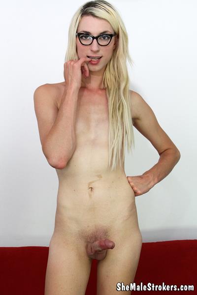 Esta nena es trans o cross? Ustedes diran.....