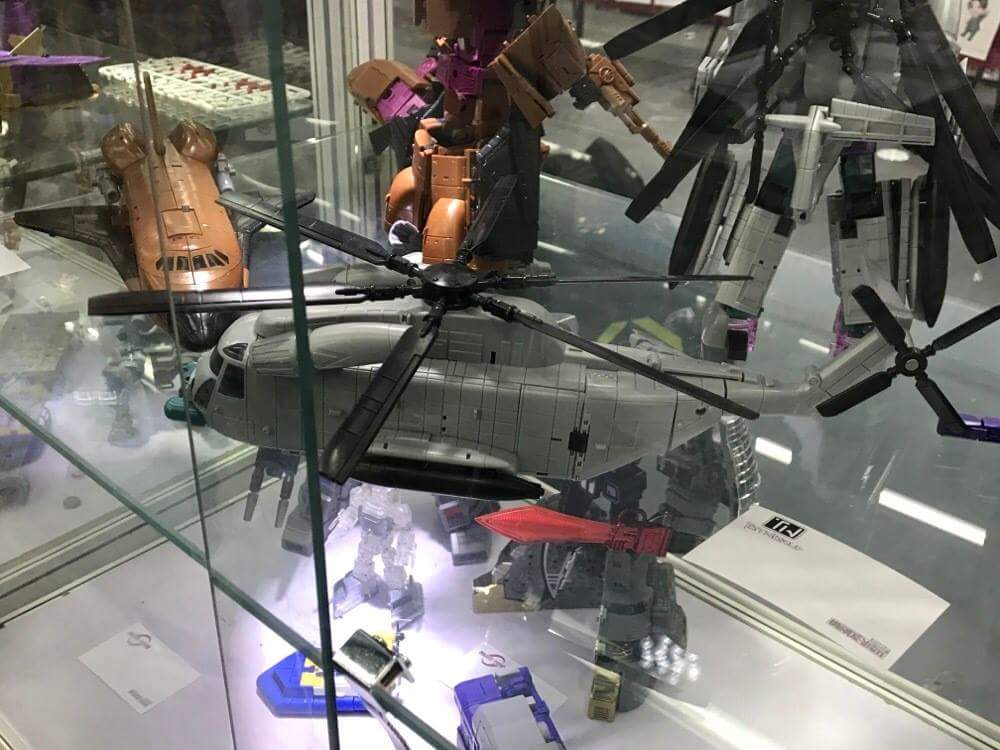 [Zeta Toys] Produit Tiers - Armageddon (ZA-01 à ZA-05) - ZA-06 Bruticon - ZA-07 Bruticon ― aka Bruticus (Studio OX, couleurs G1, métallique) FGRuYOyM