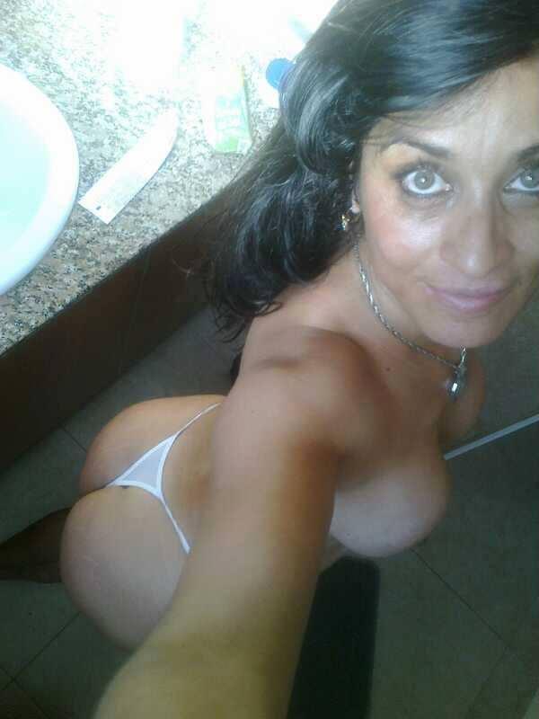 Madura mexicana de facebook cogiendo en hotel - 3 part 10