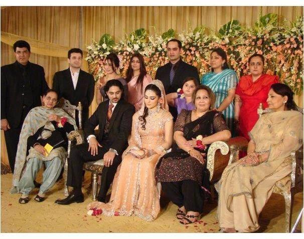 Riya Sen - Shivam Tewari Wedding: From Haldi To Pheras, Raima Reema pictures on sister wedding