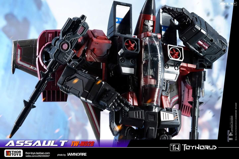 [ToyWorld] Produit Tiers - TW-M02A Combustor (Ramjet/Statoréacto), TW-M02B Assault (Thrust/Fatalo), TW-M02C Requiem (Dirge/Funébro) - Page 3 U8UKg0GZ