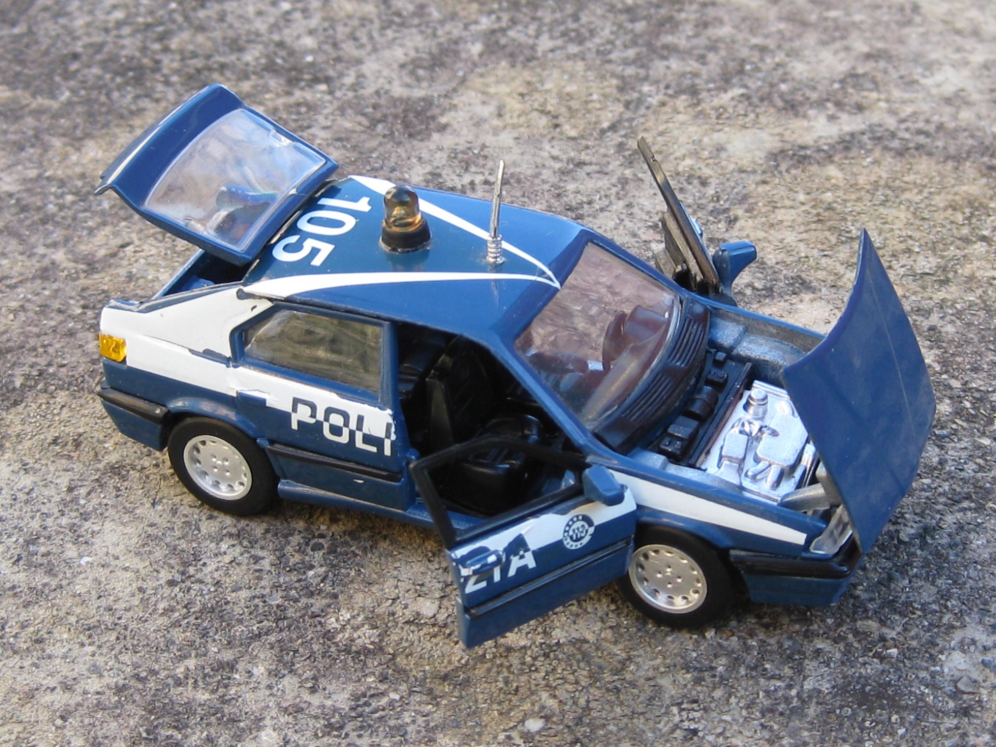 Le mini vetture del mini garage di Cars. JTD2IN4y