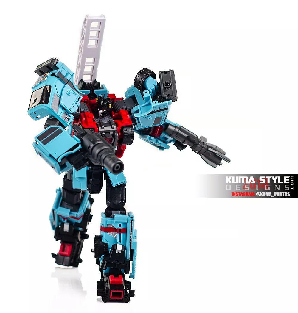 [MakeToys] Produit Tiers - Jouet MTCM-04 Guardia (aka Protectobots - Defensor/Defenso) - Page 4 BNSyfdka
