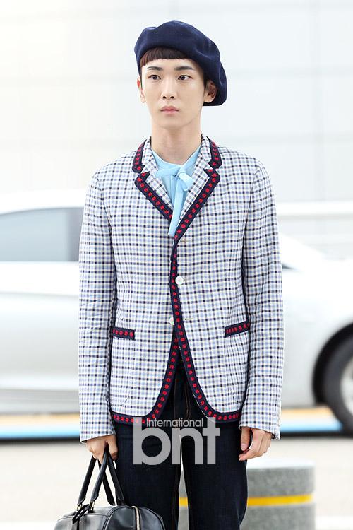 [IMG/160715] Jonghyun, Key @ Aeropuerto Incheon hacia Japón. AHfKR2fK