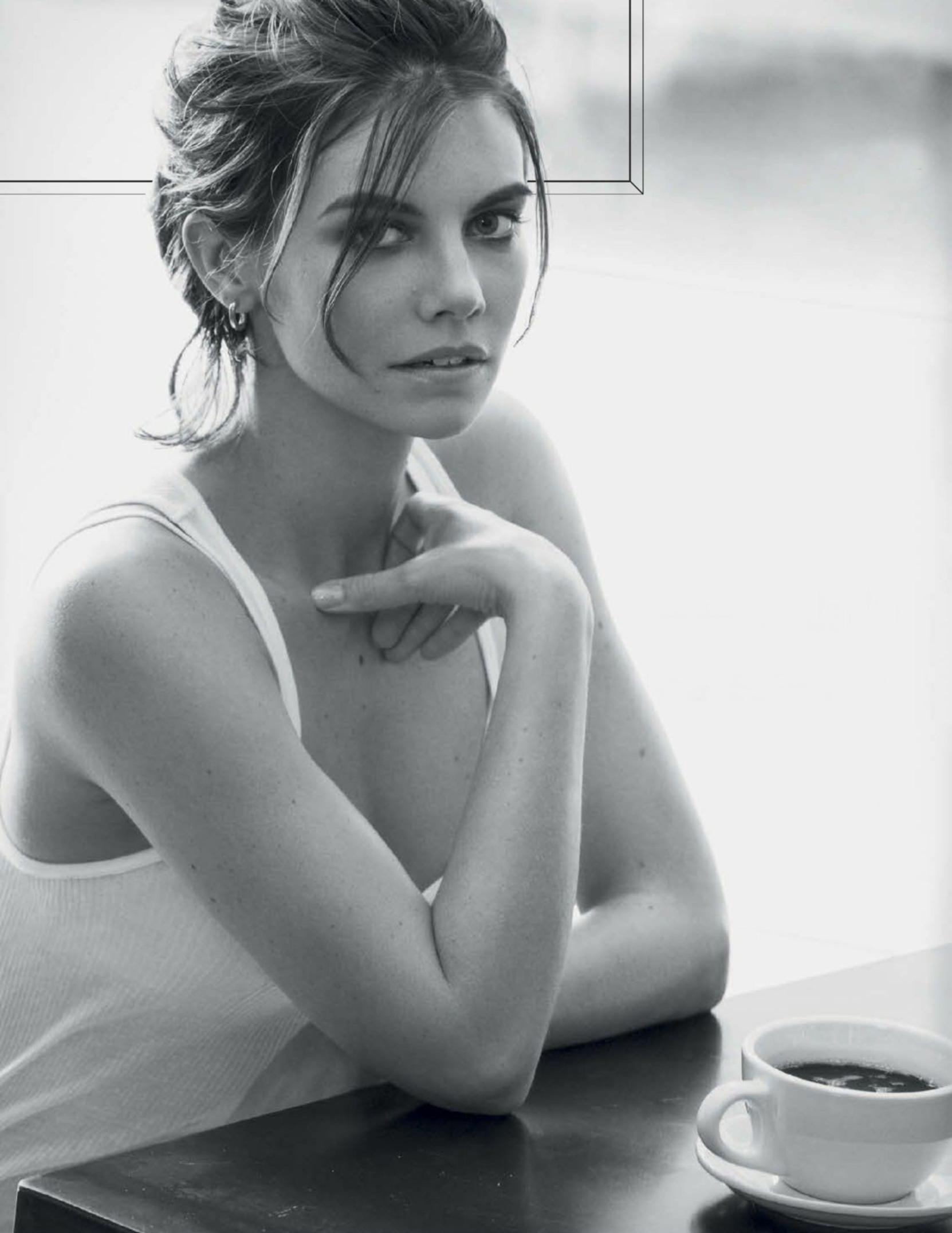 women-model-lauren-cohan-sexy-naked-vids