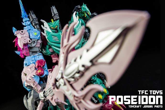 [TFC Toys] Produit Tiers - Jouet Poseidon - aka Piranacon/King Poseidon (TF Masterforce) - Page 4 MJOvQyCL