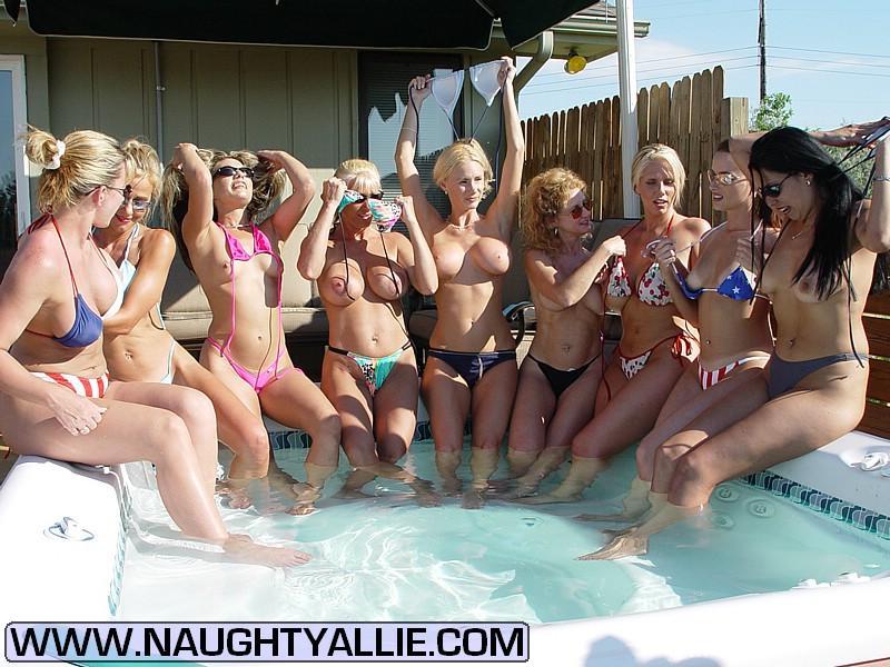 desnudos en grupo