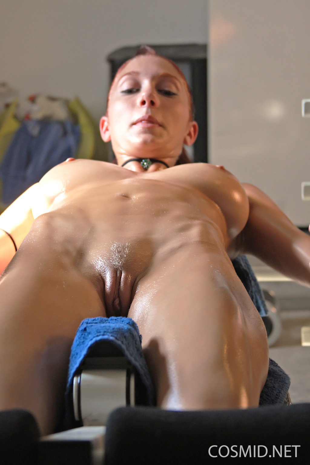 Mature jogger sweaty sex with her younger male jogger 4