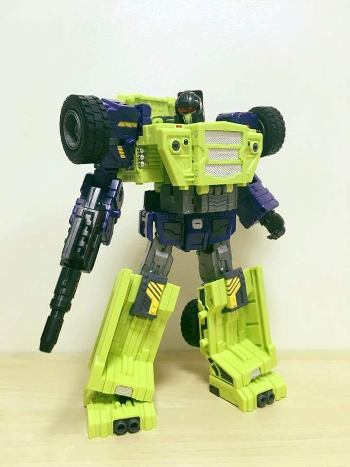 [Toyworld] Produit Tiers - Jouet TW-C Constructor aka Devastator/Dévastateur (Version vert G1 et jaune G2) - Page 7 9ua0k7cy