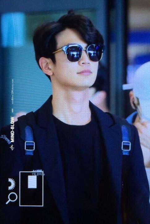 [IMG/160718] Onew, Jonghyun, Key, Minho @Aeropuerto de Kansai e Incheon (Jap-Cor) YsF7nF9R