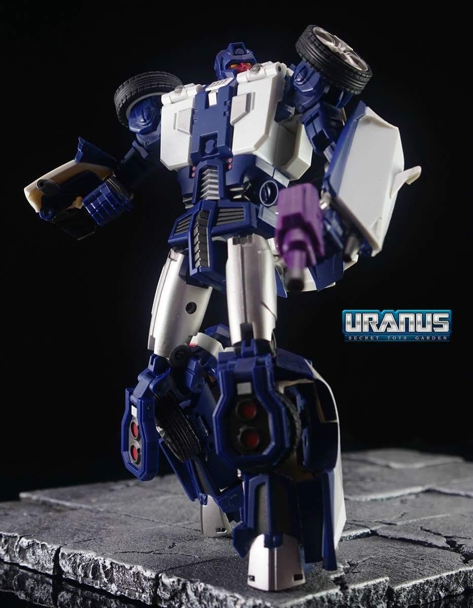 [Transform Mission] Produit Tiers - Jouet M-01 AutoSamurai - aka Menasor/Menaseur des BD IDW - Page 4 KyzLpHKV