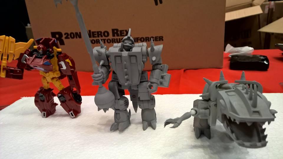 Produit Tiers: [Corbot V] CV-002 Mugger - aka Allicon | [Unique Toys] G-02 Sharky - aka Sharkticon/Requanicon 2ihId3uN
