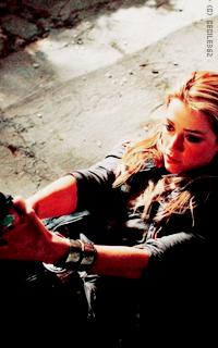 Amber Heard • 200x320 0cwjc0MZ