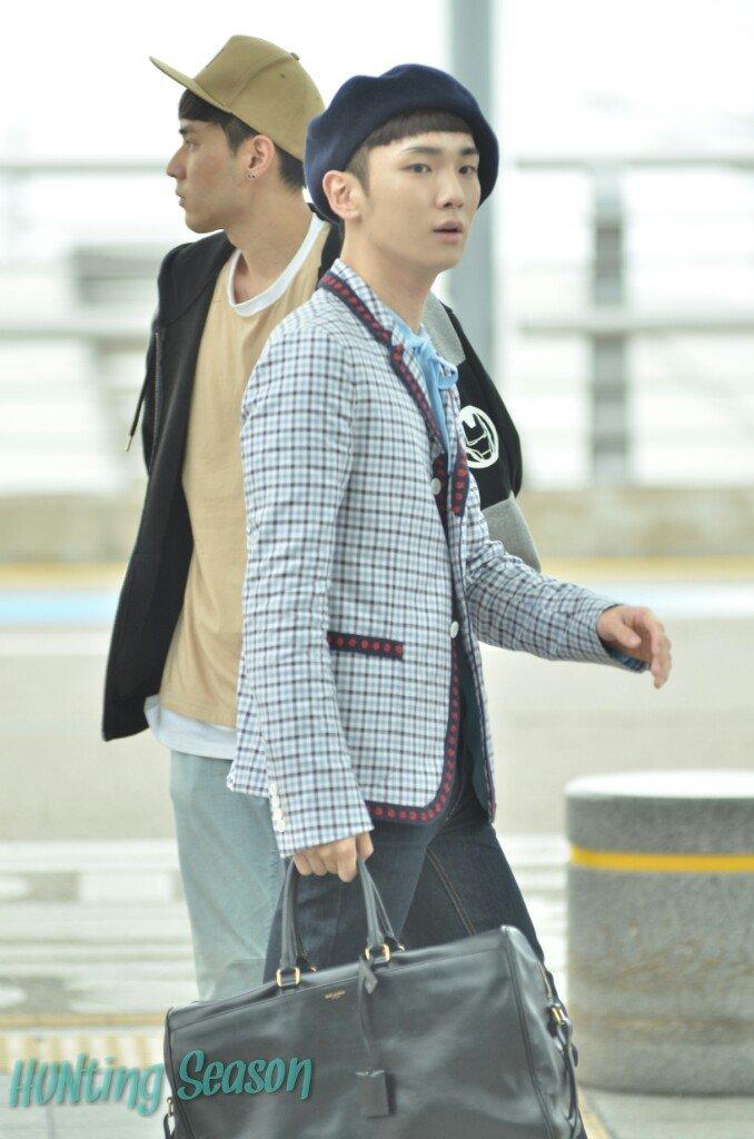 [IMG/160715] Jonghyun, Key @ Aeropuerto Incheon hacia Japón. OHLG4VM3