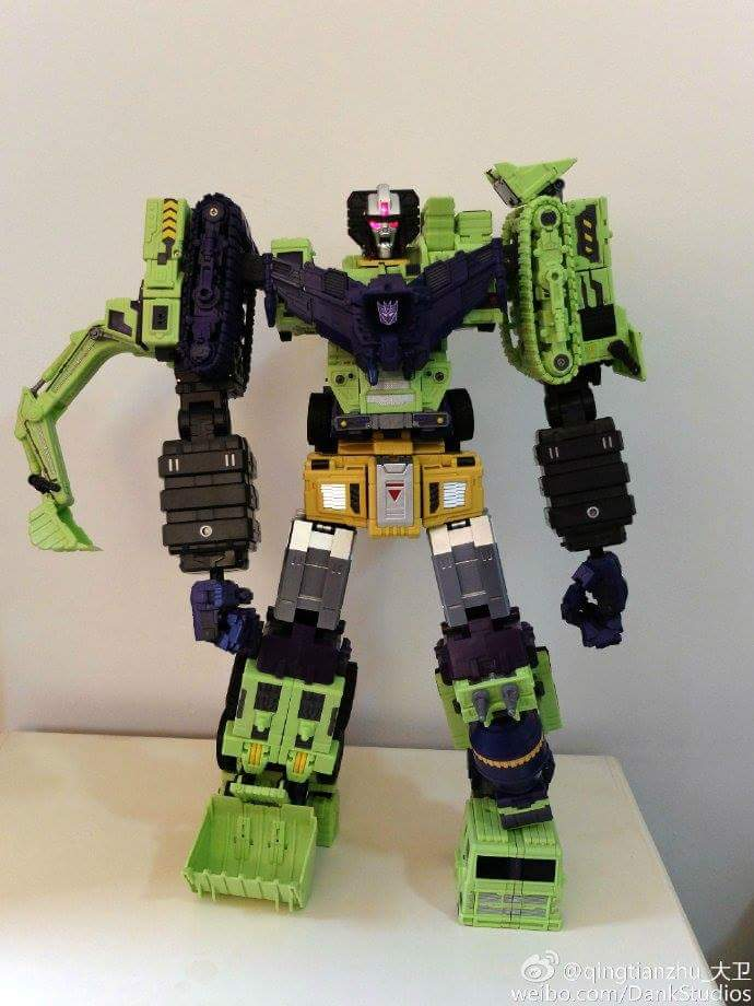 [Toyworld] Produit Tiers - Jouet TW-C Constructor aka Devastator/Dévastateur (Version vert G1 et jaune G2) - Page 8 DJJn9xQl
