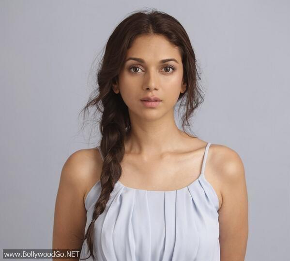 Aditi Rao Hydari Beautiful Photoshoot Pictures AcwUETMf
