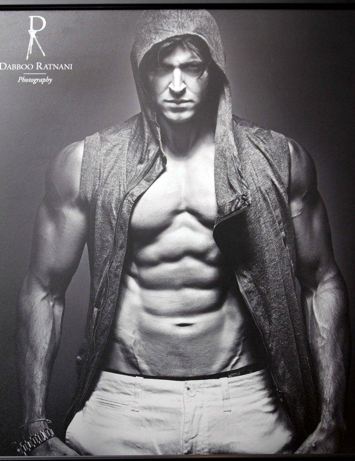 Bollywood Celebrities on Dabboo Ratnani's 2013 calendar AbgfpwhY