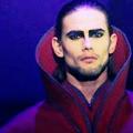 Créations sur Dracula AaqPLQxJ